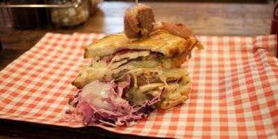 Christmas-dinner-sandwich