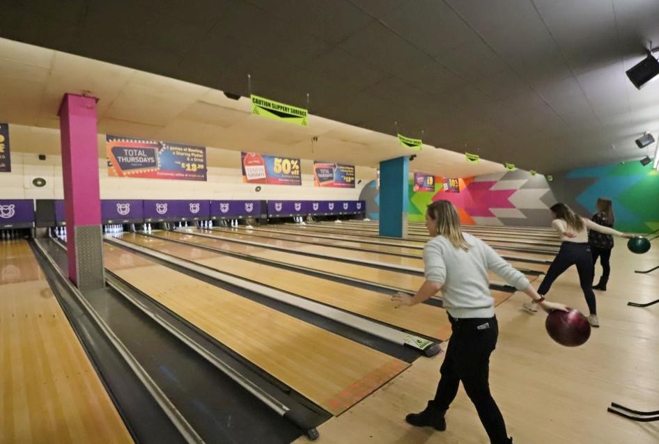 tenpin-bowling-leeds